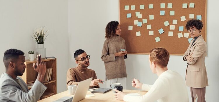 6 Strategies to Build A Collaborative Workforce_Yellow Spark blog